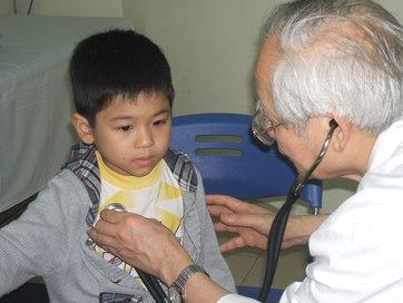 Phòng bệnh cho con trong ngày lạnh
